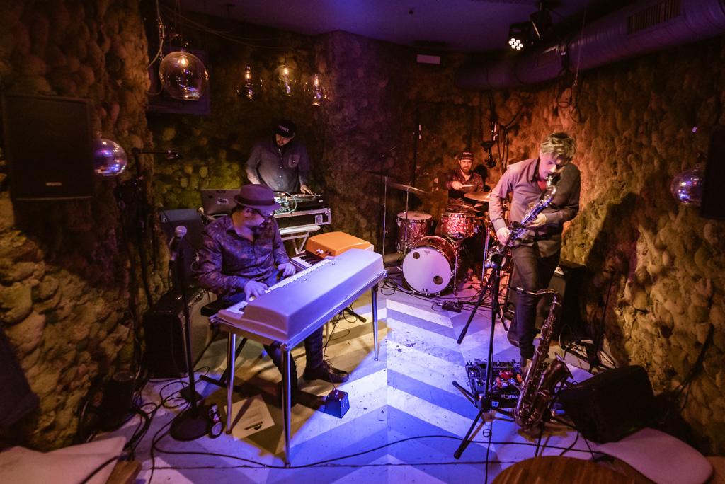 matti-klein-soul-trio-ft-dj-robert-smith-07-01-2020-blanket-berlin-23-23